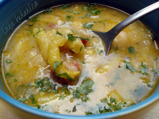 Seljačka juha s mahunama i kobasicom :: Rustic soup with yellow string beans and sausage