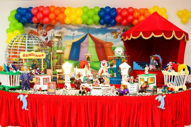 Circo - A Festa dos Gêmeos Rute e Miguel