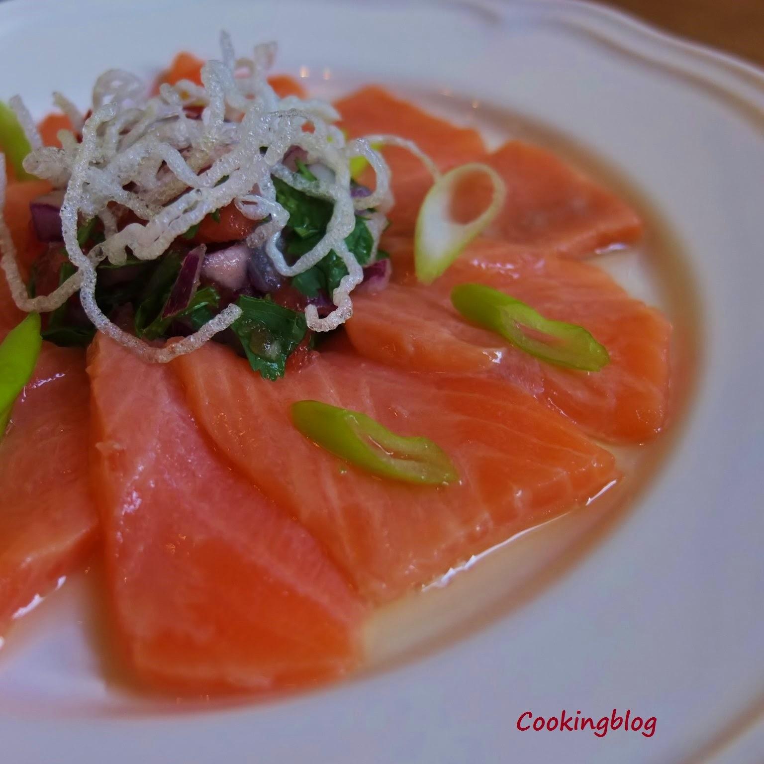 Sakura Maru (Tiraditos de Salmão) | Sakura Maru (Salmon Tiraditos)