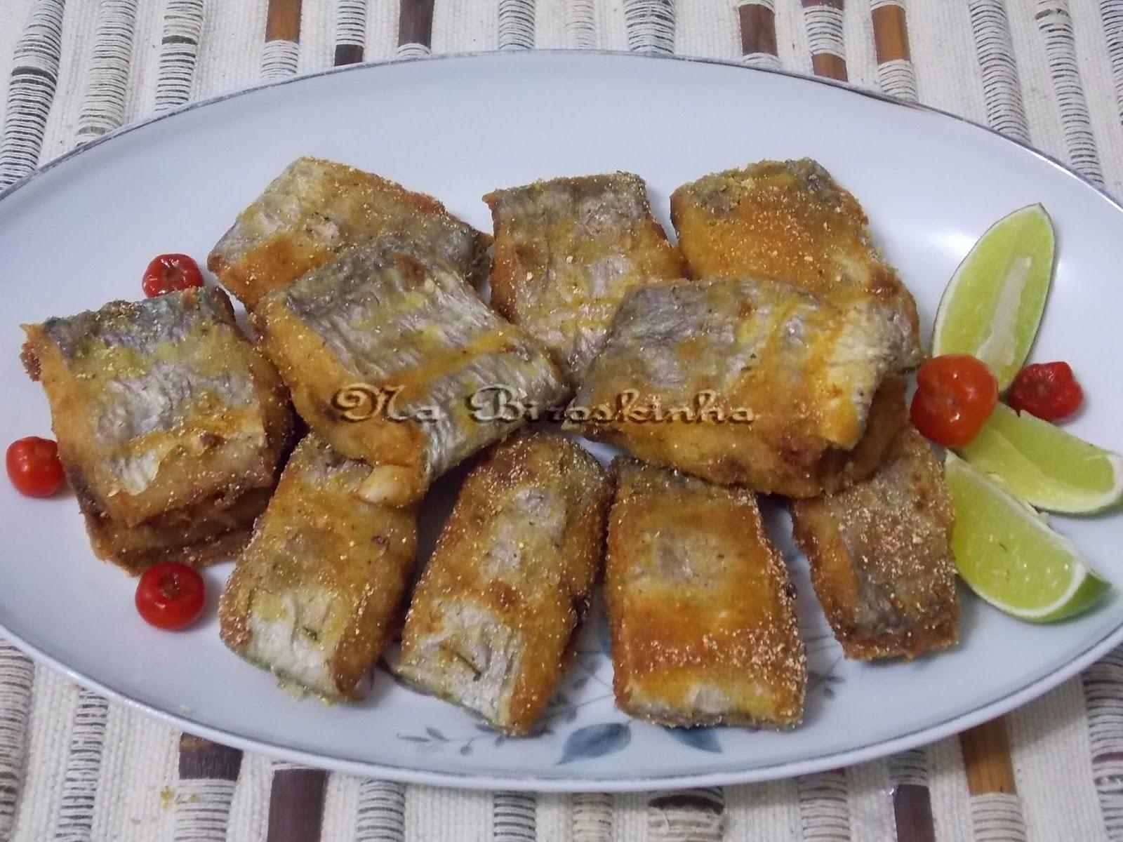 de peixe frito cortado