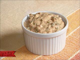 de molho cremoso de alho com maionese
