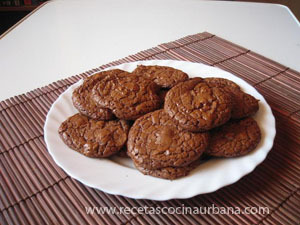 COMO PREPARAR GALLETAS DE CHOCOLATE CASERAS