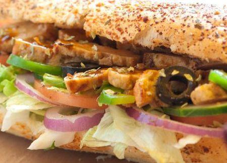 de sanduiche natural de frango com milho