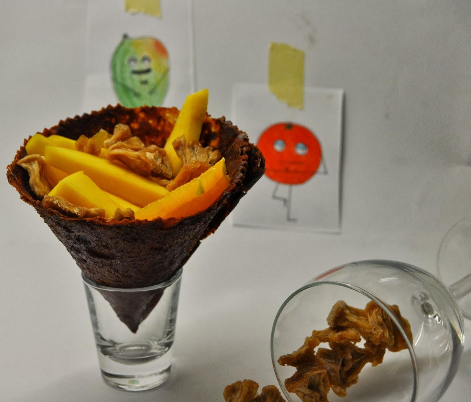 Ovocné Leathers- Mango kornút & sušený ananás