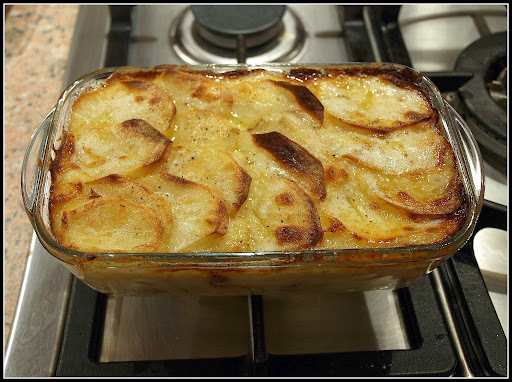 Potato, Leek and Bacon gratin