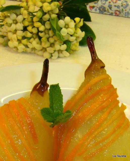 Peras con Salsa de Cítricos