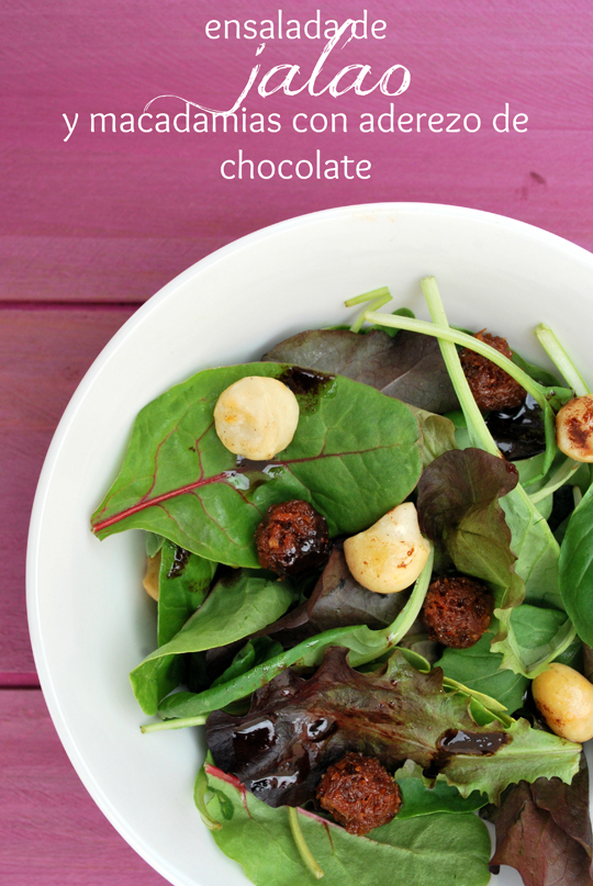 ensalada de jalao y macadamias con aderezo de chocolate {#ponunaensalada}