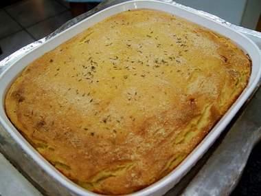 Pastel de yuca con queso sin harina