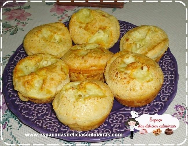 Pão de queijo recheado, de liquidificador