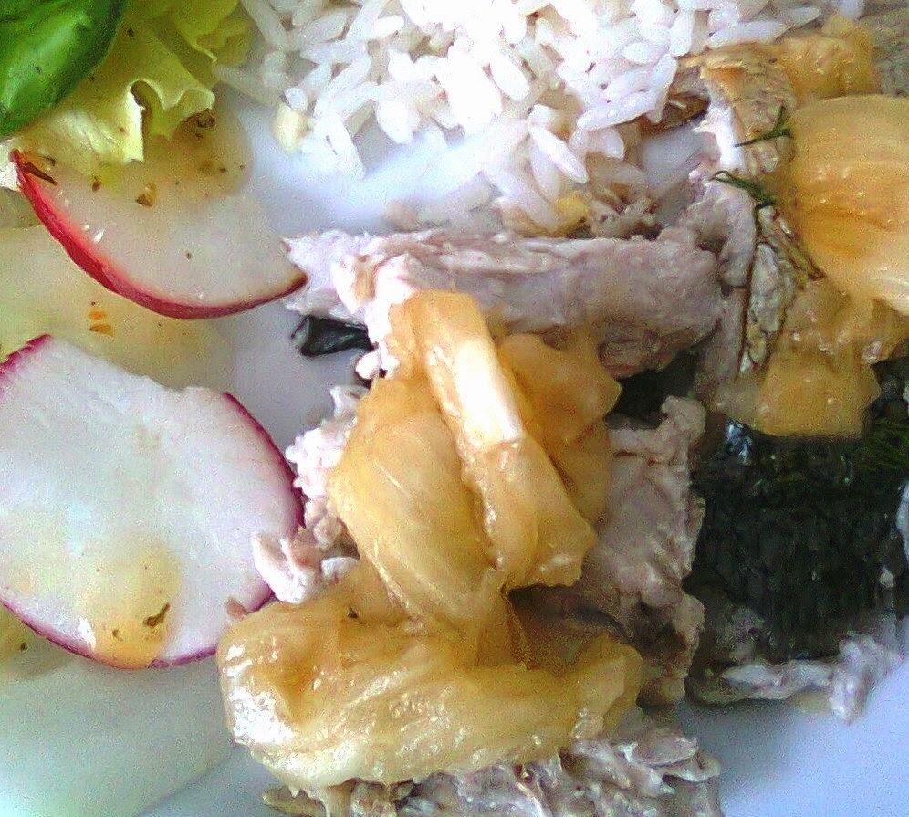 Peixe com Molho de Abacaxi a Moda do Vietnam.