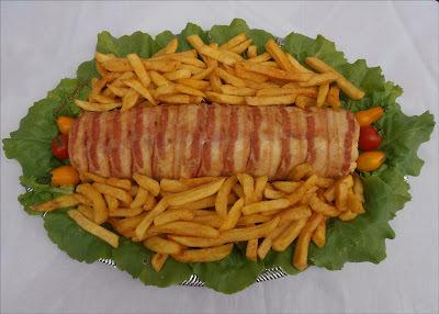 """Baconos csirkemell őzgerincben sütve + """"Ez a nap más, mint a többi..."""" :)"""