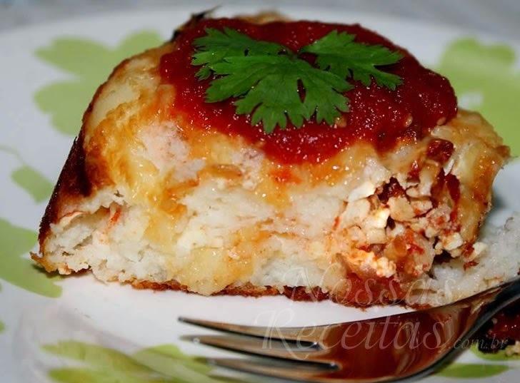 Torta salgada com sobras de arroz