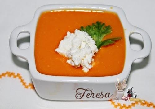Sopa creme de abóbora com queijo Cottage
