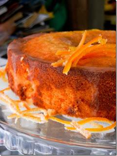 bolo de laranja com calda cristalizada