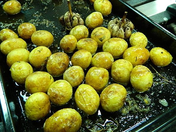 batatinha em conserva com salsinha
