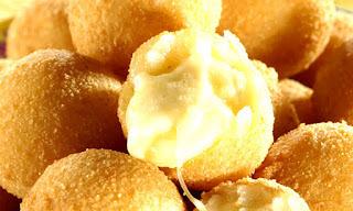 bolinha de queijo frito sem polvilho