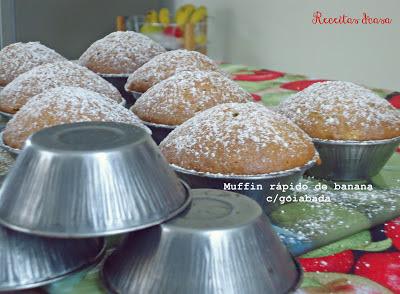Muffin rápido de banana e goiabada
