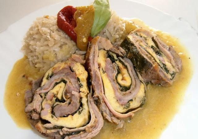 Bravčová roláda plnená šunkou a špenátovou omeletou