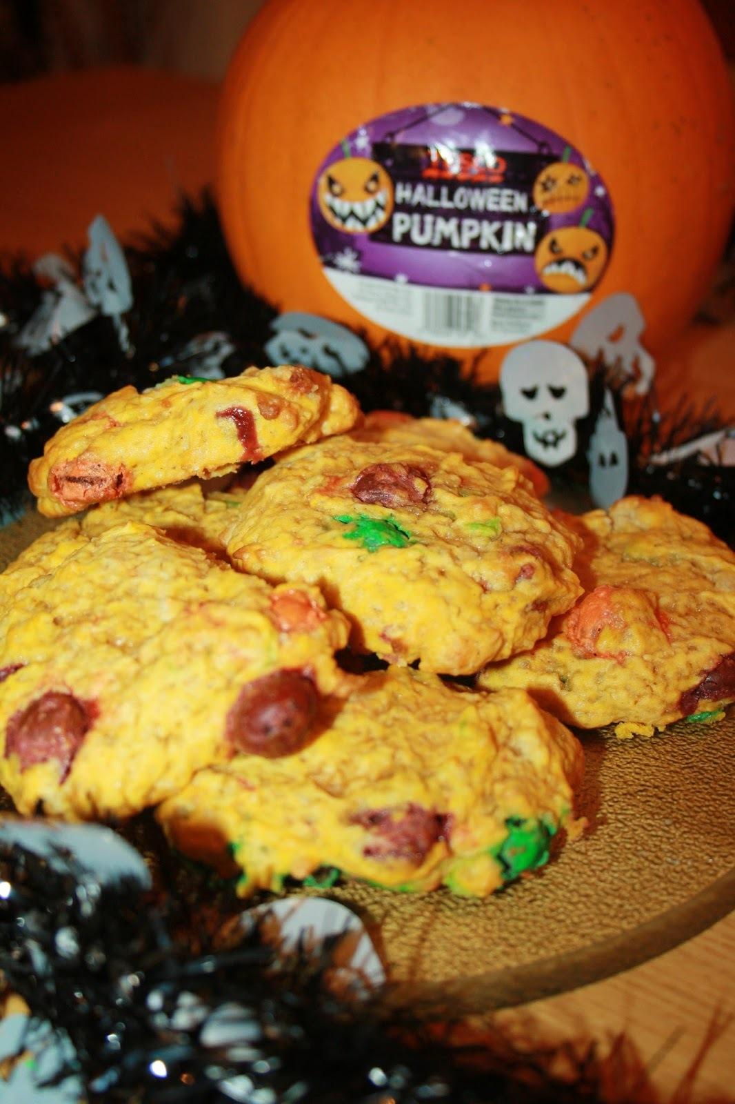 Pumpkin Spice M&M Halloween Cookies