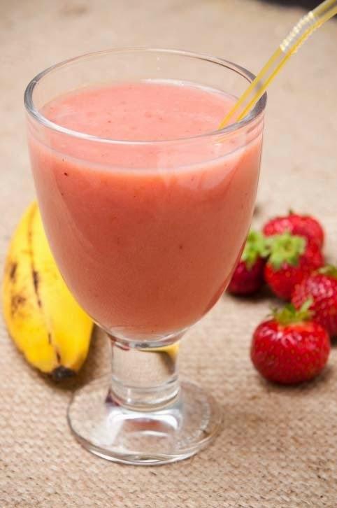 como fazer vitamina de morango com leite polpa