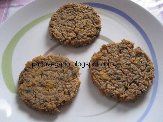 Hamburguer de soja com legumes e noz moscada (glúten free)