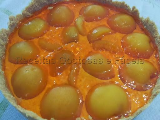 Torta de Bolacha com Pêssego