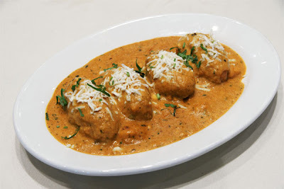 Malai Kofta | Vegetarian Potato and Cottage Cheese Balls with Gravy