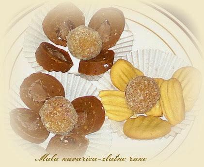 kolač sa višnjama i petit keksom