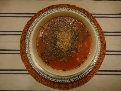 Sopa de quinoa e tomate