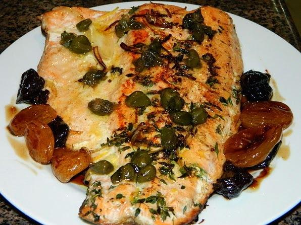 salmão com molho de jabuticaba