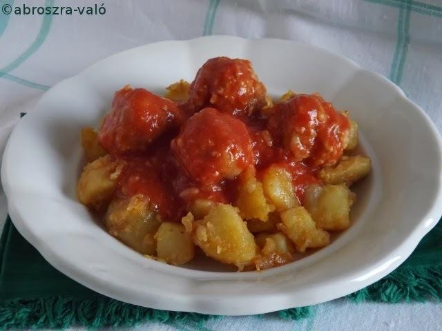 Paradicsomos húsgombóc főtt krumplival