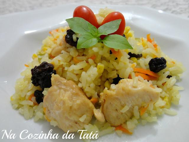 arroz temperado com peito de frango