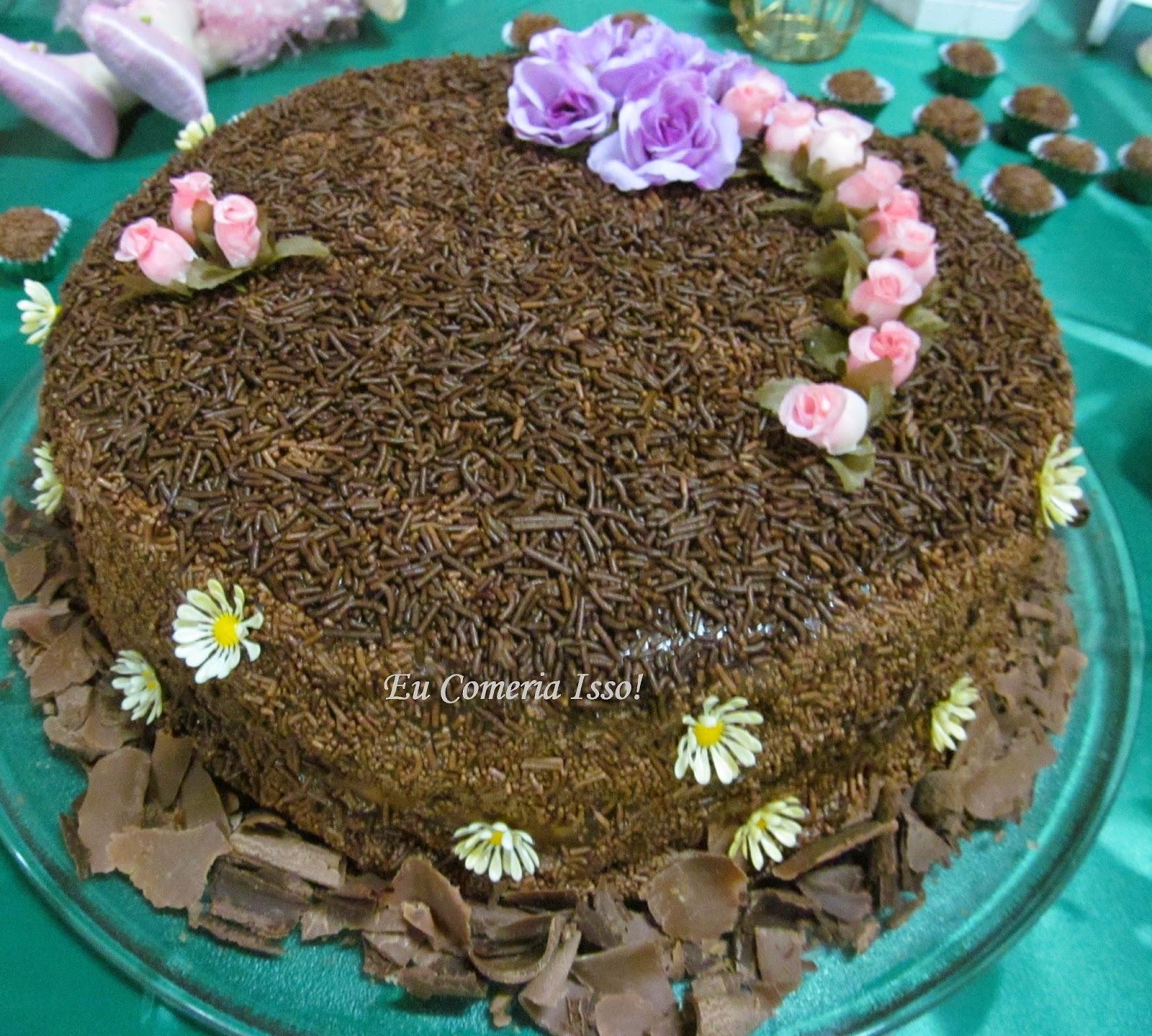 Bolo de Chocolate com Creme de Confeiteiro e Creme de Castanhas