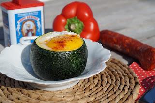 Courgettes farcies aux poivron, chorizo et oeuf