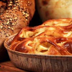 Pão doce com maçã