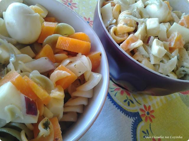 Salada de Macarrão Colorido