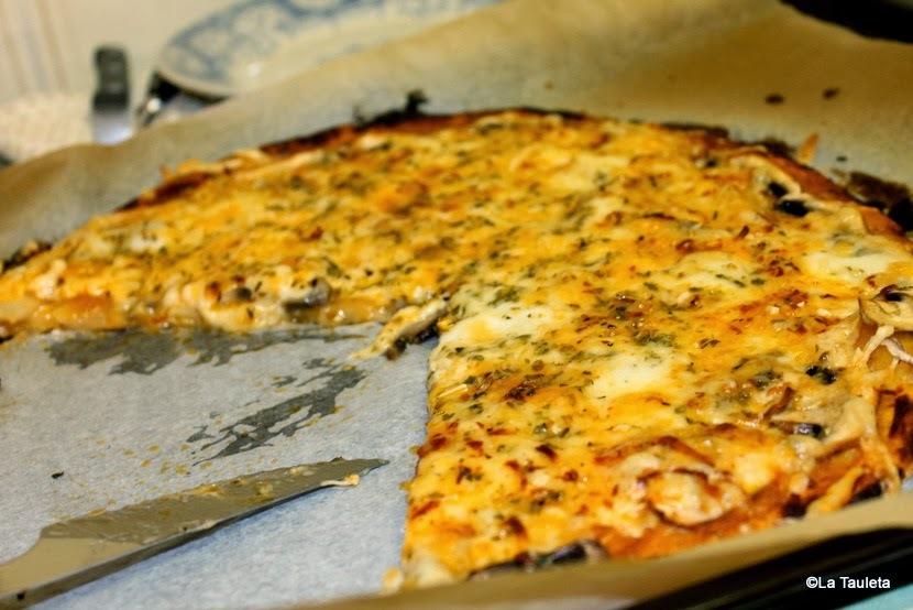 Pizza de Champiñones con Quesos