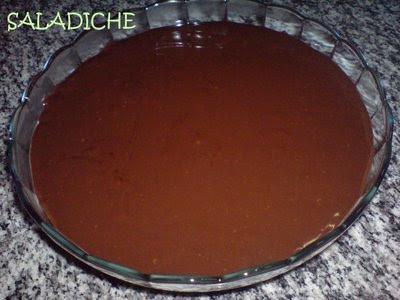 MUSSE DE MARACUJÁ COM CALDA DE CHOCOLATE + CARINHO