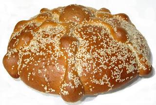 Pan de Muertos.