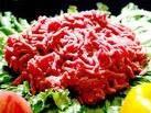 a carne moida para colocar no quibe é crua ou cozida