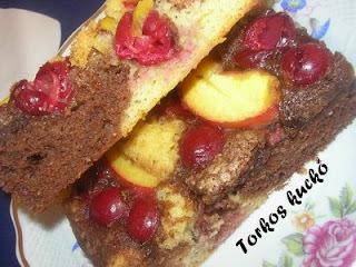 Meggyes-barackos süti