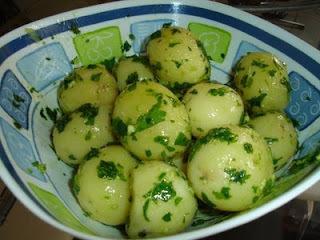 Vermelho Assado com Especiarias e Salada de Batata