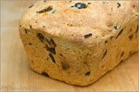 """""""Pão para a Ceia"""" (Alho, Azeitonas e Salame)"""