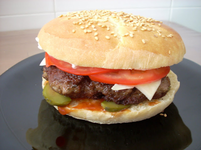 Hamburguesa de Ternera con Ketchup