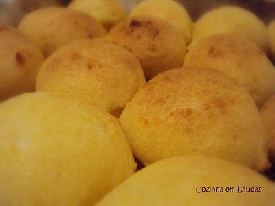 Pão de Queijo [Cheese Bread]