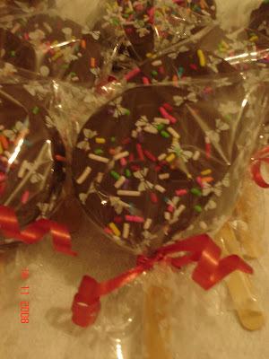 Pirulito de chocolate e brigadeiro
