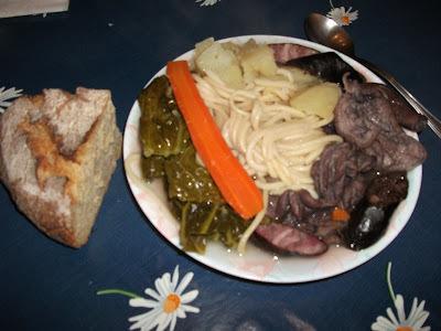 de sopa de bucho de porco