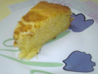 de bolo simples de farinha de trigo com milharina