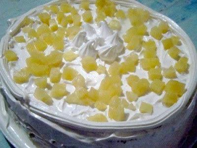 Torta de Abacaxi com Baba de Moça