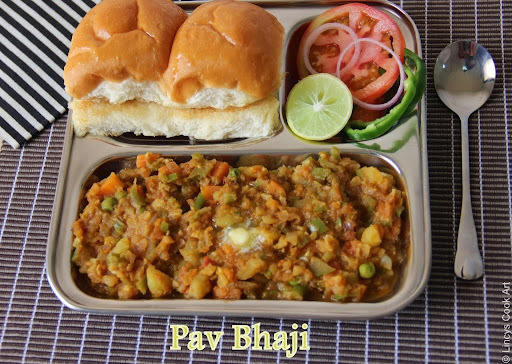 Pav Bhaji/ Bhaji Pav/ Mumbai Pav Bhaji